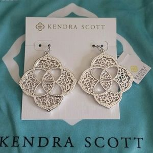 Kendra Scott Dawn Filigree earrings